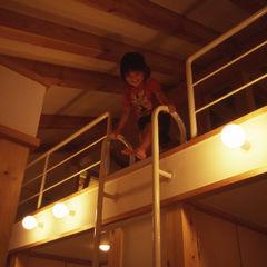 風建築工房 Nursery/kid's room
