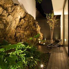 Casa CH GLR Arquitectos Jardines modernos