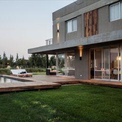 Casa MM FAARQ - Facundo Arana Arquitecto & asoc. Casas modernas: Ideas, imágenes y decoración