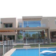 vivienda unifamiliar cm espacio & arquitectura srl Piscinas de estilo moderno