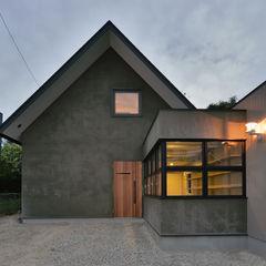 守山の家 Nobuyoshi Hayashi モダンな 家