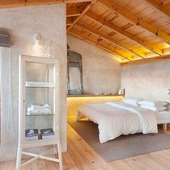 pedro quintela studio Landelijke slaapkamers Hout