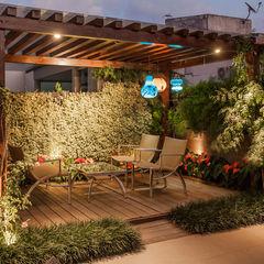 Projeto Heloisa Titan Arquitetura Balcones y terrazas de estilo moderno