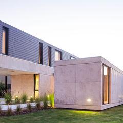 Vivienda Unifamiliar ACArqs Casas modernas: Ideas, imágenes y decoración