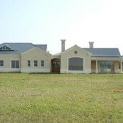 Exteriores Radrizzani Rioja Arquitectos Country style houses Concrete White