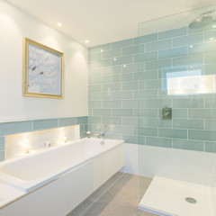 Master En-Suite Perfect Stays Nowoczesna łazienka