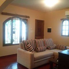 MONARQ ESTUDIO Colonial style living room