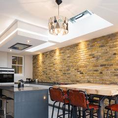 Nasmyth Street Frost Architects Ltd Classic style kitchen