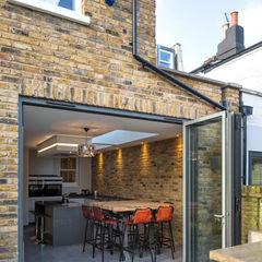 Nasmyth Street Frost Architects Ltd Rustic style houses