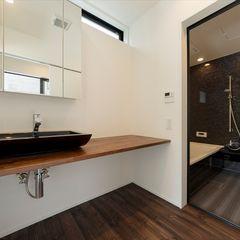 フォーレストデザイン一級建築士事務所 Modern Bathroom