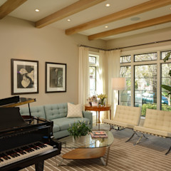 Fire Restoration in Chevy Chase Creates Opportunity for Whole House Renovation BOWA - Design Build Experts اتاق نشیمن