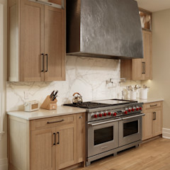 Fire Restoration in Chevy Chase Creates Opportunity for Whole House Renovation BOWA - Design Build Experts آشپزخانه