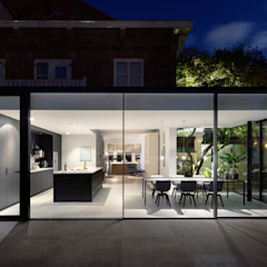 Bloot Architecture Minimalist dining room Glass