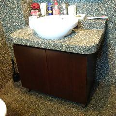 INTERIOR REFURBISHMENT FOR APARTMENT AT TAMAN KUCHAI LAMA, KUALA LUMPUR eL precio Tropical style bathrooms
