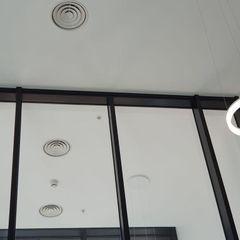 The Dumont London Glass Structures Limited Комерційні простори