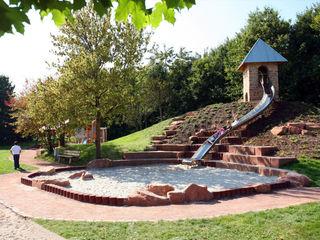 Der Abenteuerspielplatz Planungsbüro STEFAN LAPORT Klassischer Garten