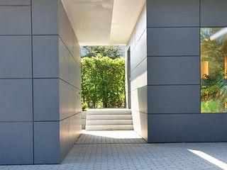 Peter Rohde Innenarchitektur Modern garage/shed