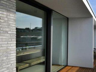 Sieckmann Walther Architekten Modern balcony, veranda & terrace