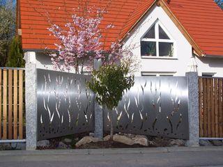 Stainless Steel Fence Edelstahl Atelier Crouse: BahçeAksesuarlar & Dekorasyon