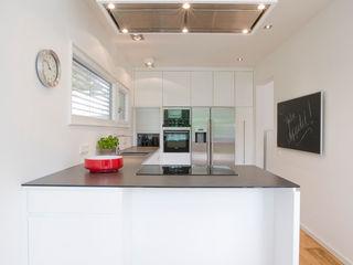 Bettina Wittenberg Innenarchitektur -stylingroom- Cocinas de estilo moderno