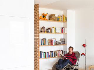 Maurizio Giovannoni Studio Scandinavian style living room