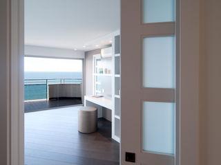 Blank Interiors บันได โถงทางเดิน ระเบียงที่เก็บของ