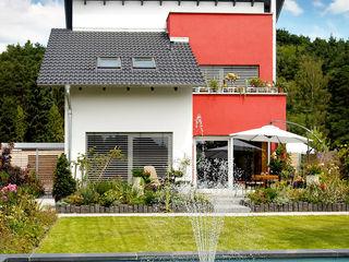 KLASSISCHES EINFAMILIENHAUS b2 böhme PROJEKTBAU GmbH Klassische Häuser