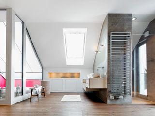WSM ARCHITEKTEN Classic style bathroom