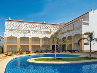 Artosca Mediterranean style balcony, veranda & terrace