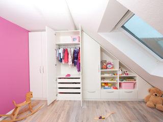 meine möbelmanufaktur GmbH Nursery/kid's roomWardrobes & closets