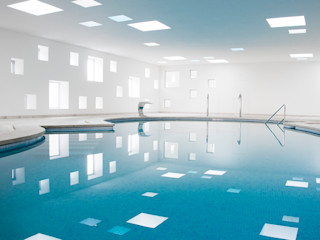 Pool and spa area for an Hotel A2arquitectos Minimalist spa