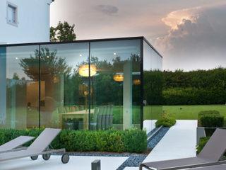 Interior design - Glass Cube - Padova Italy IMAGO DESIGN Balcone, Veranda & Terrazza in stile moderno