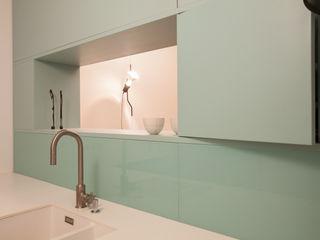 büro für interior design Modern style kitchen