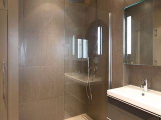 Appartement Saint Germain des Pres FELD Architecture Salle de bain moderne