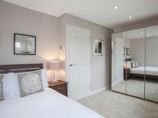 Bedroom - Canary Wharf Millennium Interior Designers Спальня