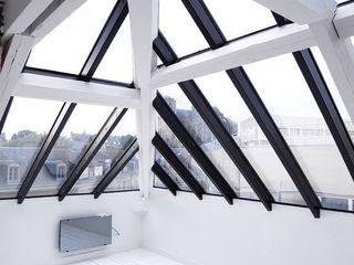 Allegre + Bonandrini architectes DPLG Modern style balcony, porch & terrace
