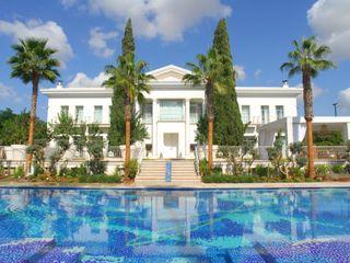 Villa in Tel Aviv Scultura & Design S.r.l. Piscina eclettica