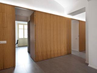 studioata Koridor & Tangga Modern