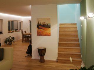 Bolz Licht und Wohnen · 1946 Modern Corridor, Hallway and Staircase