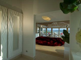Villa in Sardegna Scultura & Design S.r.l. Ingresso, Corridoio & Scale
