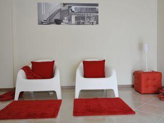 Appartamento campione in palazzina di nuova costruzione Gabriella Sala Design SoggiornoDivani & Poltrone