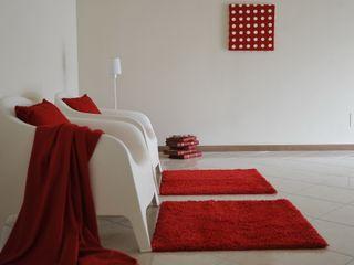 Appartamento campione in palazzina di nuova costruzione Gabriella Sala Design Ingresso, Corridoio & Scale in stile moderno