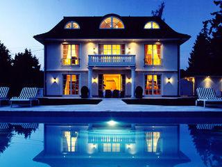 Villa in Monaco Scultura & Design S.r.l. Case