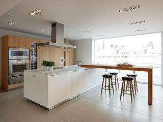 bulthaup b3 kitchen in 'Rough Sawn Oak' hobsons choice