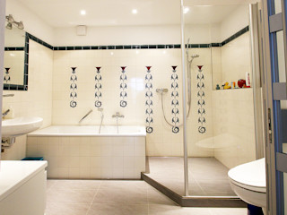 Wohnwert Innenarchitektur 에클레틱 욕실