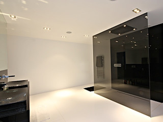 North Yorkshire Home Automation, Lighting and Media Installations Inspire Audio Visual Salle de bain moderne