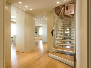 OPEN PROJECT Pasillos, vestíbulos y escaleras