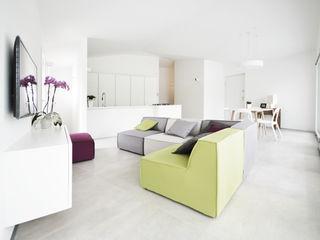 house studio: living workshop francesco valentini architetto Modern living room