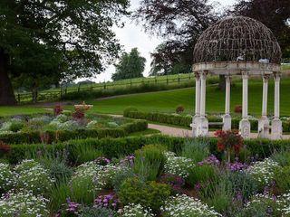 Grand Terrace Cool Gardens Landscaping Landelijke tuinen