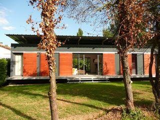 MAISON LOFT / MIGNALOUX-BEAUVOIR / POITOU-CHARENTES POLY RYTHMIC ARCHITECTURE Centre d'expositions modernes